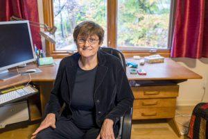 (ფოტო) რა კავშირი ჰქონდა საბჭოთა კავშირთან ქალს, რომელმაც კორონავირუსის ვაქცინა შექმნა